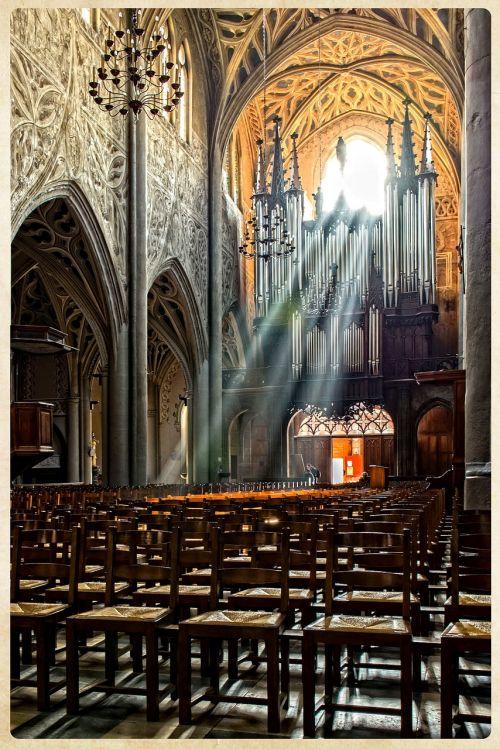 church gothic chambéry