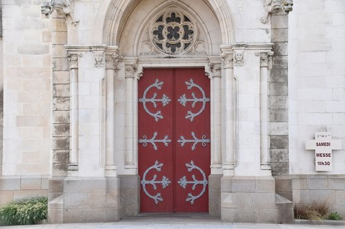 church of saint martin  religious building  confession catholic