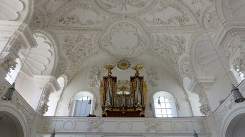 churches ceiling stucco organ