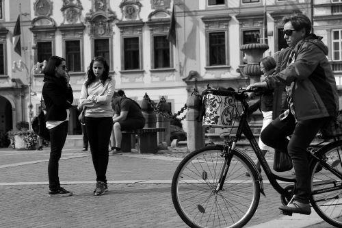 ciclista round square