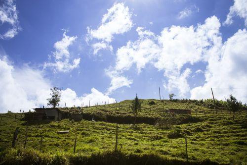 cielo,dangus,gamta,kraštovaizdis,paisaje,debesis,balta,natūralus,saulės šviesa,lauke,naturaleza,azul,Kolumbija,nubes,Campo,finca