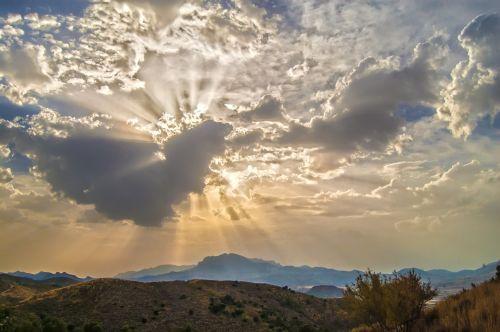 gamta, kraštovaizdis, kalnai, dangus, debesys, horizontas, dangus