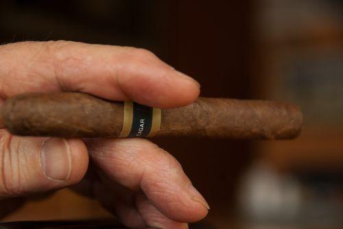 cigar smoke smoker