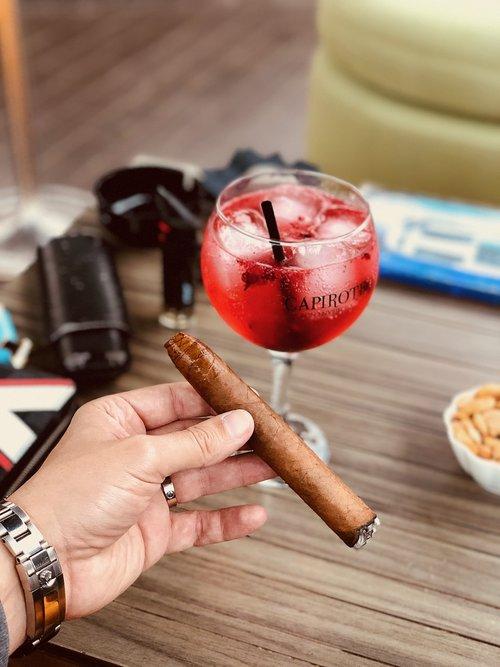 cigar  luxury  cuba