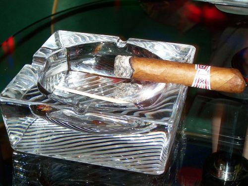 cigar cuban crystal