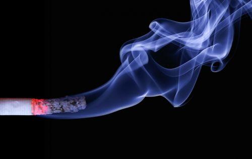 cigarečių,dūmai,angelai,pelenai,nudegimai,deginimas,rūkymas