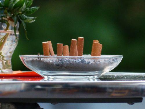 cigarette butts tilt smoking
