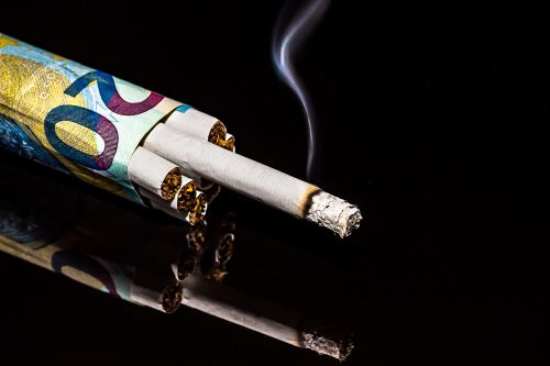 cigarettes dollar bill rolled cigarettes