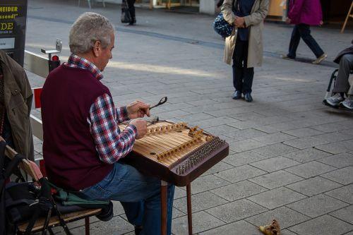 cimbalom dulcimer stringed instrument