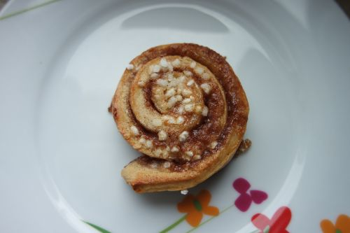 cinnamon cinnamon bun pastries