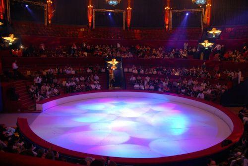 circus tango argentine
