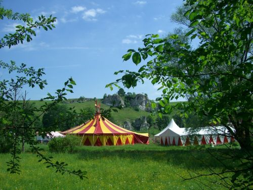 circus tent circus in the green eselsburg valley