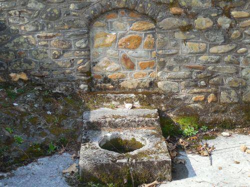 cistern fountain outdoors