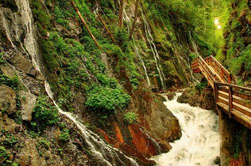 clammy waterfall water
