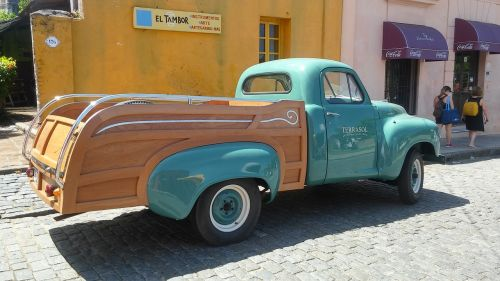 clasic,car,old,cologne,vintage,truck,cars,yesteryear,antique car,uruguay,grunge,transport,vintage automobiles,classic,elegant