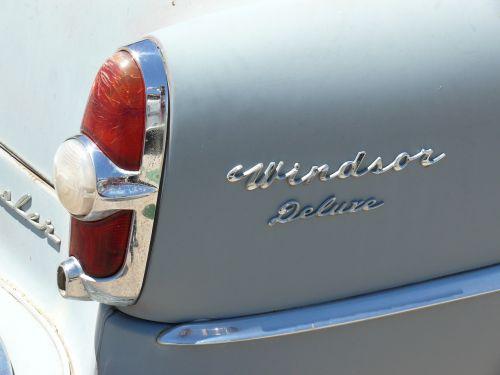 classic car chrysler windsor deluxe