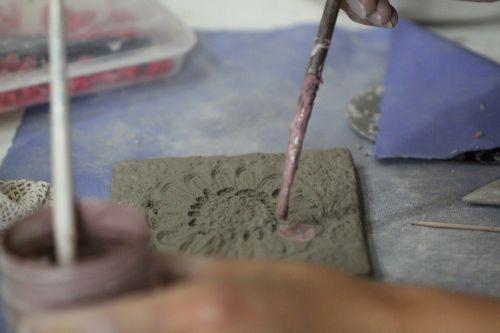 clay hobby hand