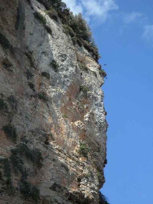 cliff mallorca stone