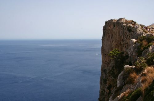 cliff rock the abyss
