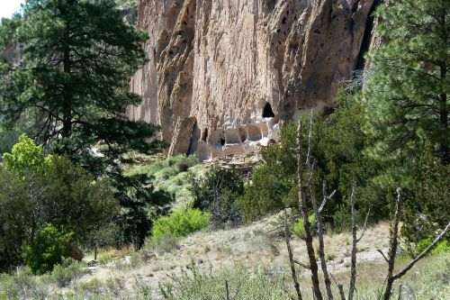 cliff dwelling bandelier national monument new mexico