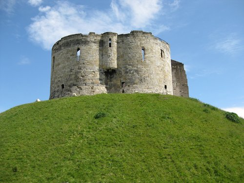 clifford's tower  york  england