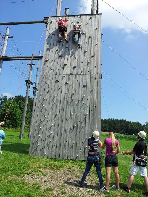 climb teamwork climbing garden