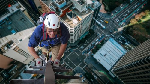 climber houses gorge dangerous