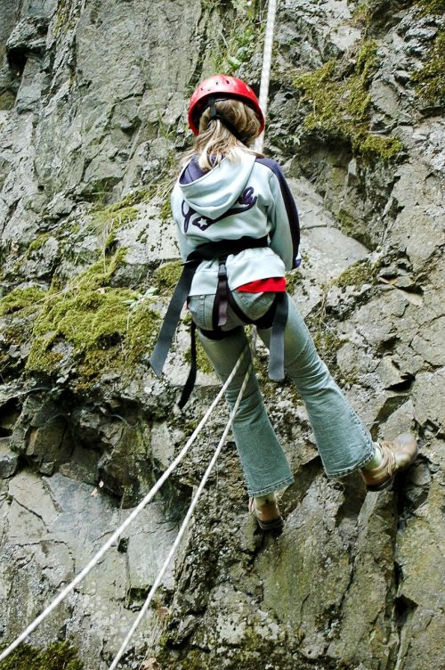 climbing abseil steep