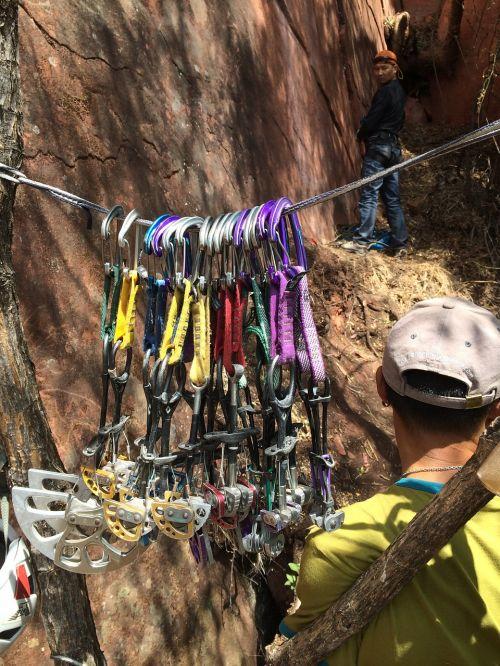 climbing laojunshan traditional rock climbing climbing equipment