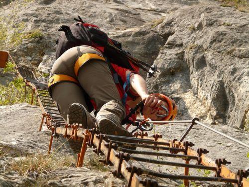 climbing platform system climbing head