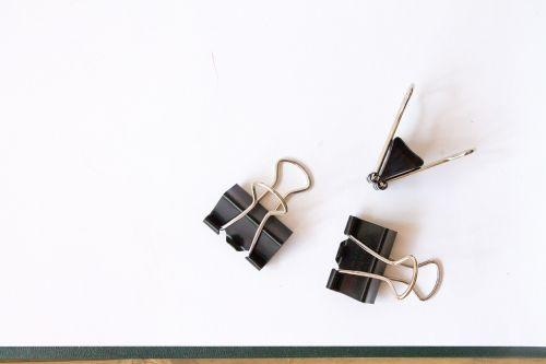 clip paper clip black