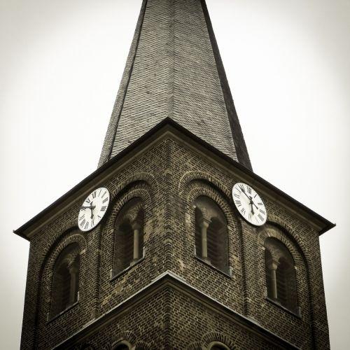 clock steeple church clock