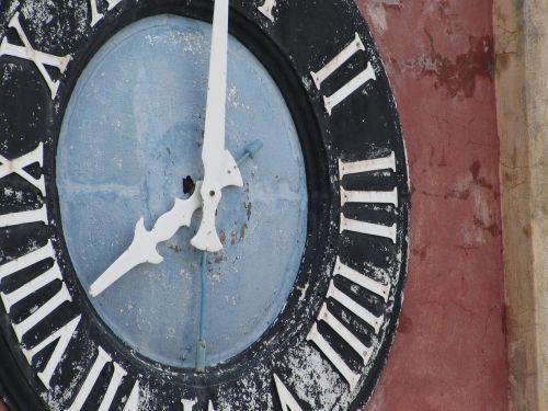 clock face old