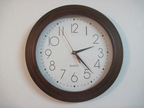 clock analog clock daylight savings