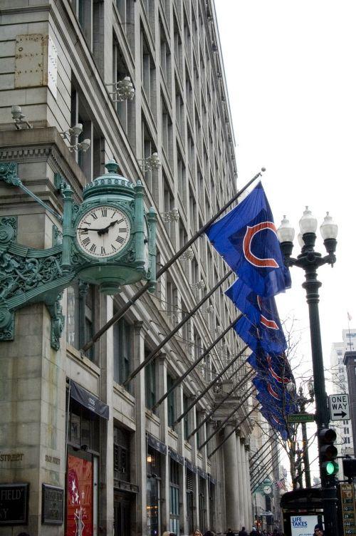 clock macy's chicago