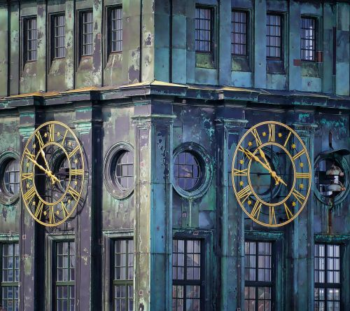 clock architecture building