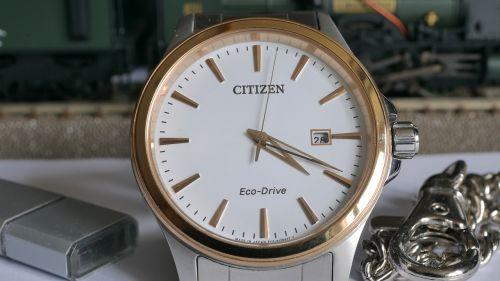 clock wrist watch minute