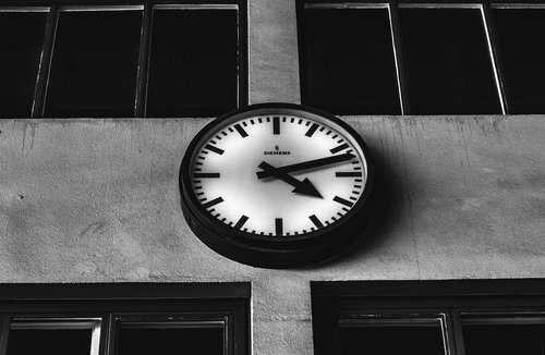 clock  analog  hour hand