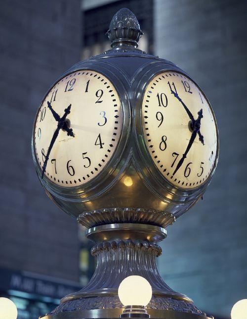clock concourse grand central station