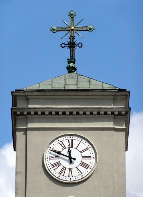 clock cross st peter's basilica