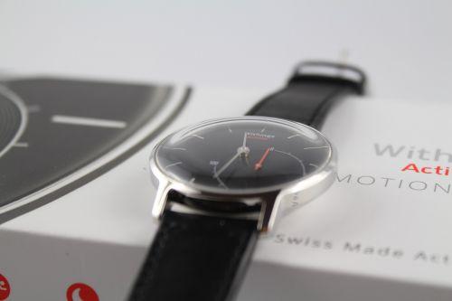 clock wrist watch analog