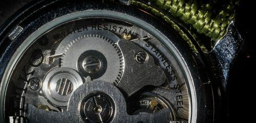 laikrodžio mechanizmas,valandos s,žiūrėti,darbai,žiūrėti judesius,įrankis,įrankiai,mechanika,mechaninis,laikas,kvalifikacinis,laikrodis atgal,per kelias valandas,analogas,minutė,antra,laiko praleidimas,vyrų laikrodis,laiko matavimas,automatinis žiūrėti,baigti laikrodį,kamštis