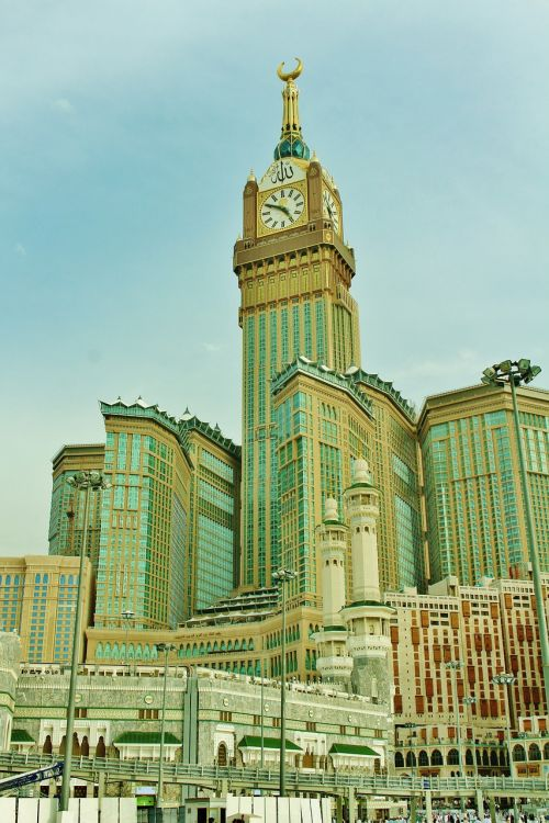 clock tower mecca buildings