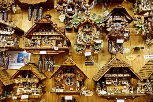 clocks coo coo selection