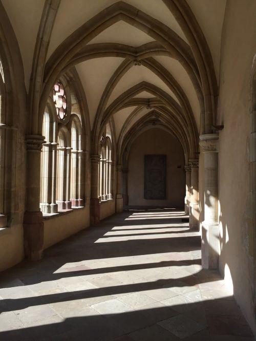 cloister monastery vault