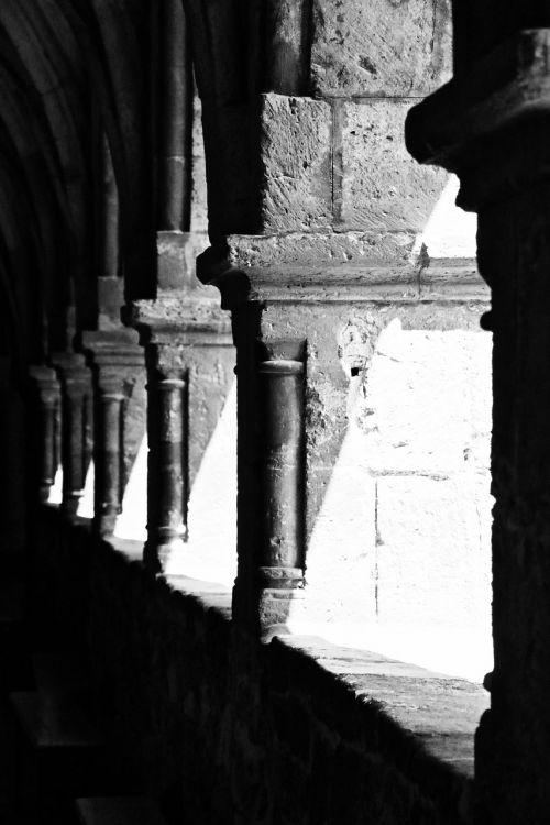 vienuolynas,romanesque,rhaeto romanic,arcade,architektūra,pastatas,tikėjimas,arka