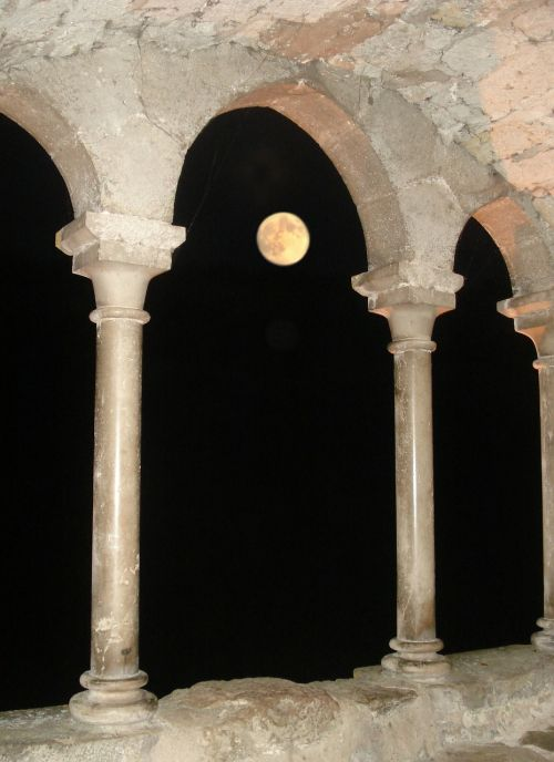 cloister moon night photo