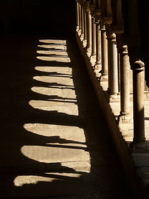 cloister columnar arcade