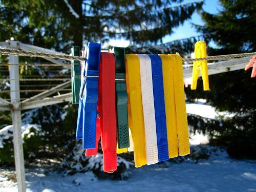 clothespins colors plastic