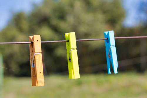 clothespins  hang  washing